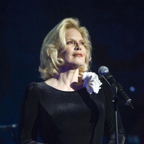 Sylvie vartan listen on deezer music streaming for Diva sofia streaming