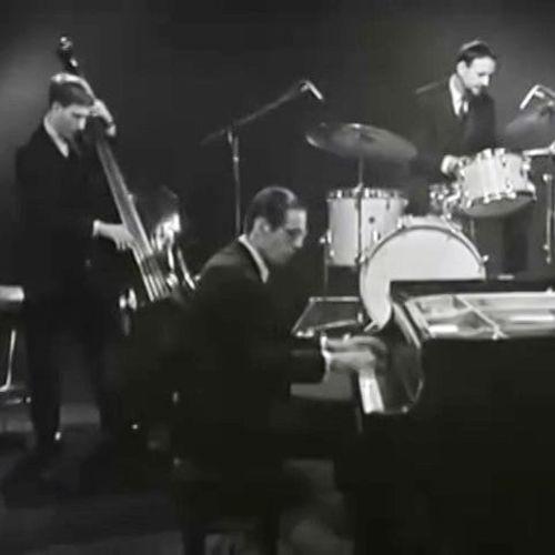 Bill Evans Trio - À écouter sur Deezer | Musique en streaming