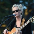 shelby lynne - one with the sun